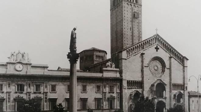 Duomo di Piacenza, foto storica