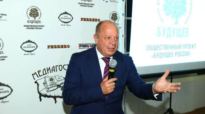 Fondi russi alla Lega, perquisizioni in casa di Vannucci