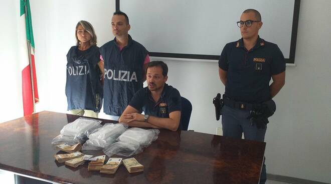 sequestro cocaina polizia