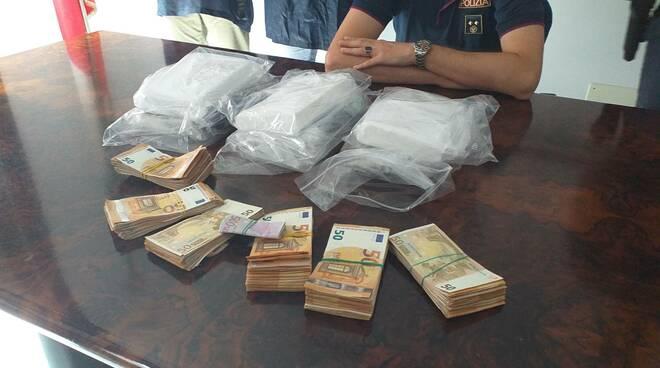 sequestro cocaina polizia