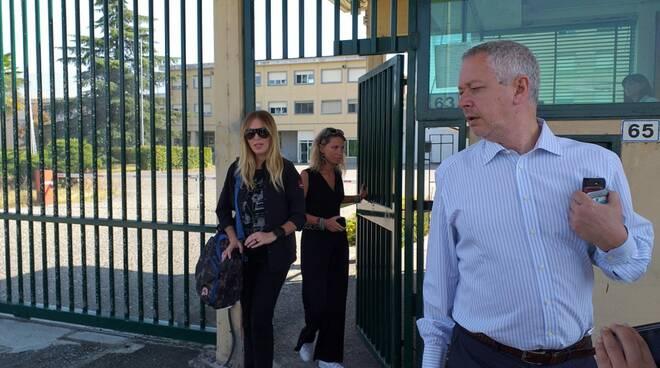 Bruzzone carcere Pontini