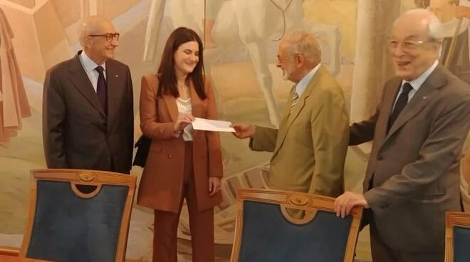 Consegna premio Battaglia alla Banca di Piacenza