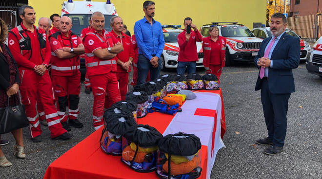 Croce Rossa, I nuovi kit per il trasporto dei bambini