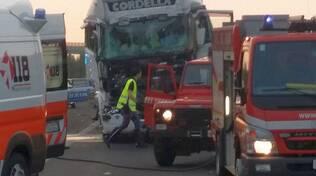 incidente autostrada camion a Pontenure