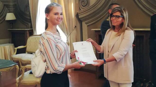 Laura Peveri premiata