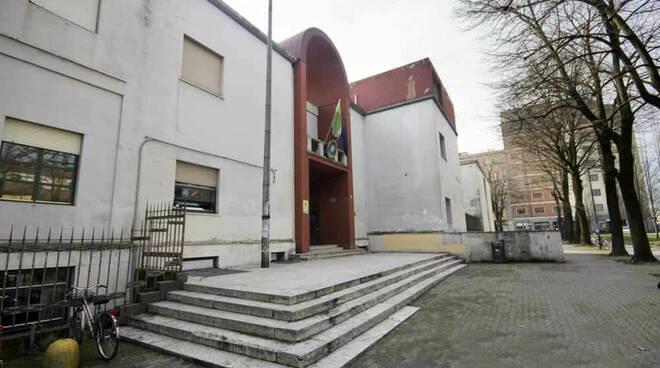 Liceo Respighi vandali