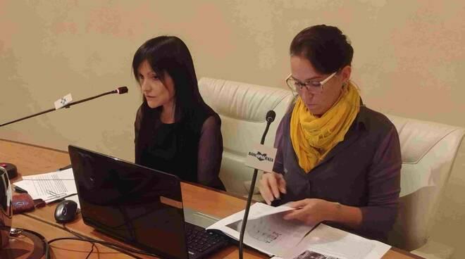 Architetti Elena Gardi e Giorgia Rossi alla Banca di Piacenza
