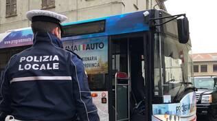 Ciclista investita da bus in via Campagna a Piacenza