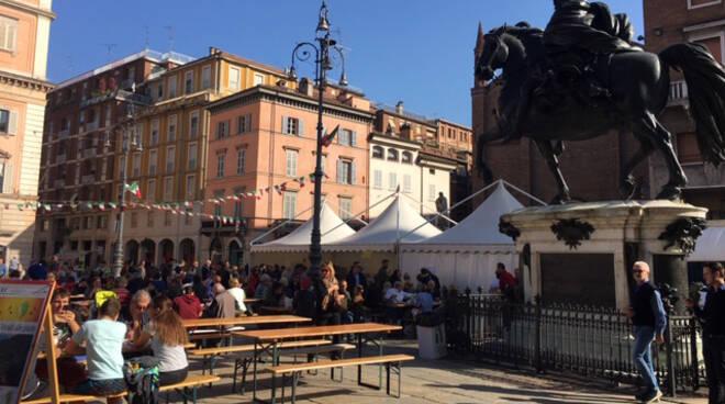 Festa del tartufo in piazza Cavalli