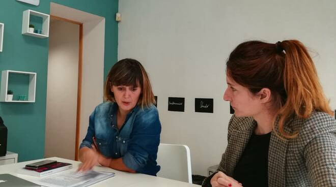 Le psicologhe Valentina Tirelli e Giovanna Maria Cammi