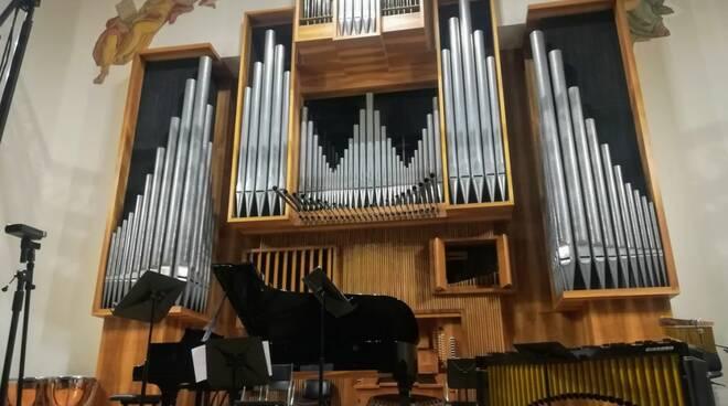 Salone musica Nicolini
