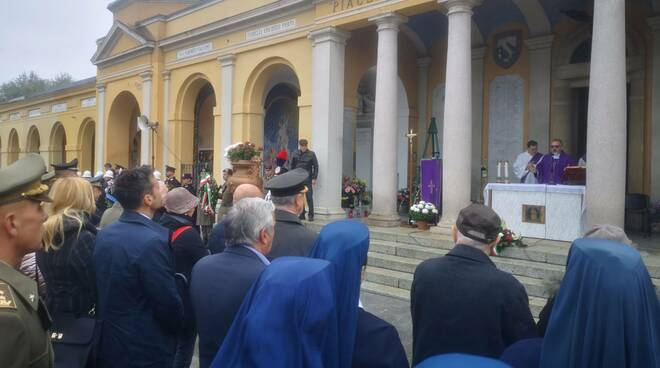 Cerimonia Caduti per la Patria, commemorazione al cimitero di Piacenza