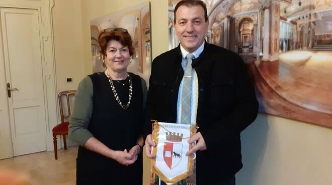 Elena Baio e console Macedonia