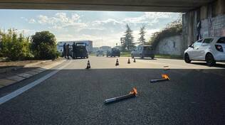 Incidente rotonda tangenziale Montale