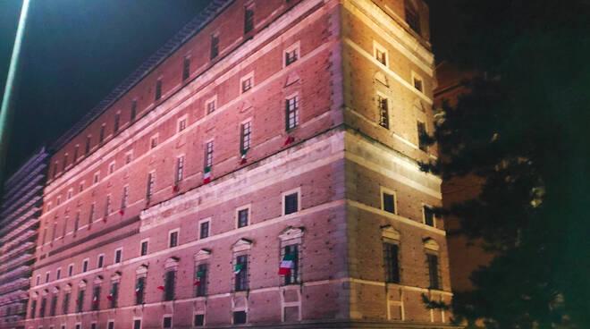 Luci viola Palazzo Farnese