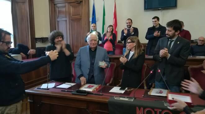 Tessera socio onorario del Guzzi Club Piacenza a Giovanni Rana