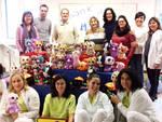 Il personale UONPIA di Piacenza e di Fiorenzuola con i peluche donati