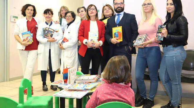 La donazione di libri alla Pediatria di Comunità