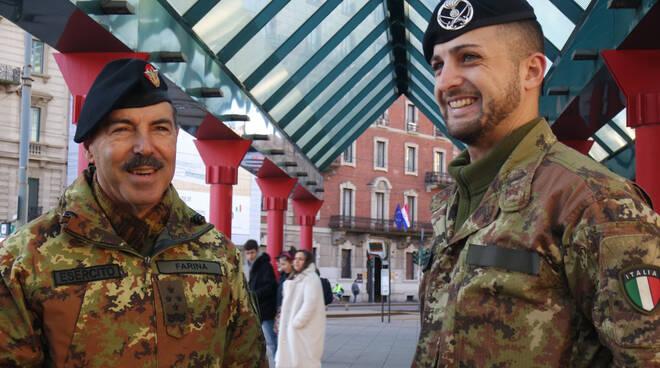 La visita del Capo di Stato Maggiore ai militari