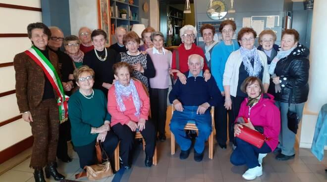 Anziani di Cadeo ad Alassio