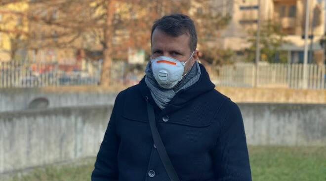 Benini mascherina smog