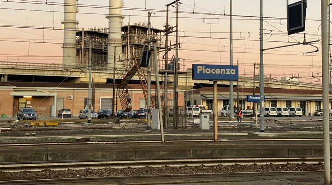 Stazione ferroviaria di Piacenza