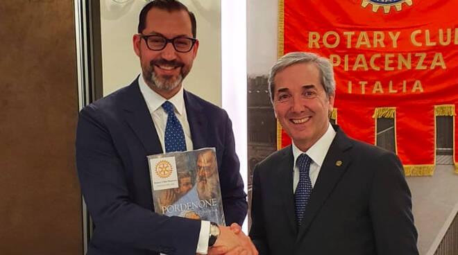 Cristiano De Lorenzo al Rotary Piacenza