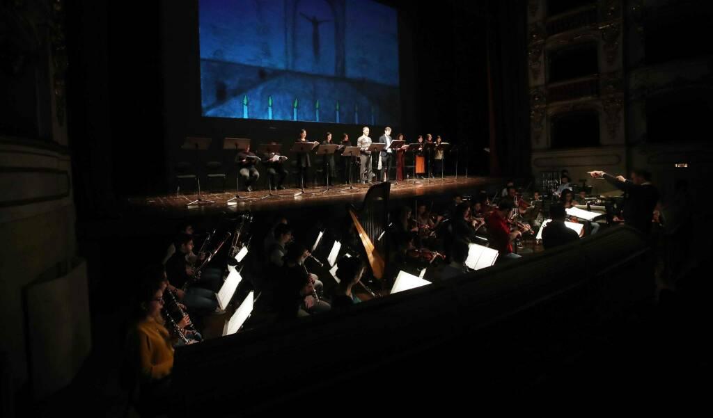L'Opera Minima in scena al Municipale (foto Claudio Cavalli)