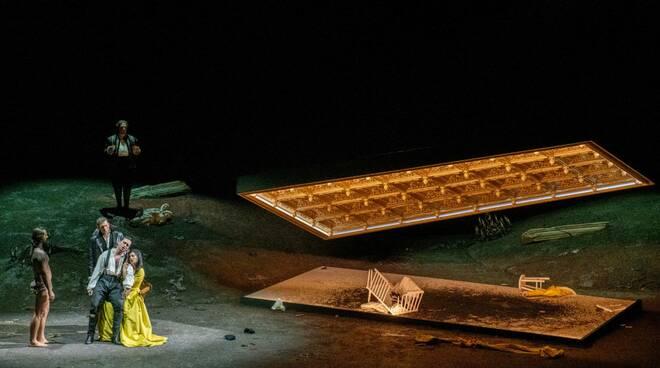 Lucrezia Borgia (foto di Gianfranco Rota / Fondazione Teatro Donizetti)