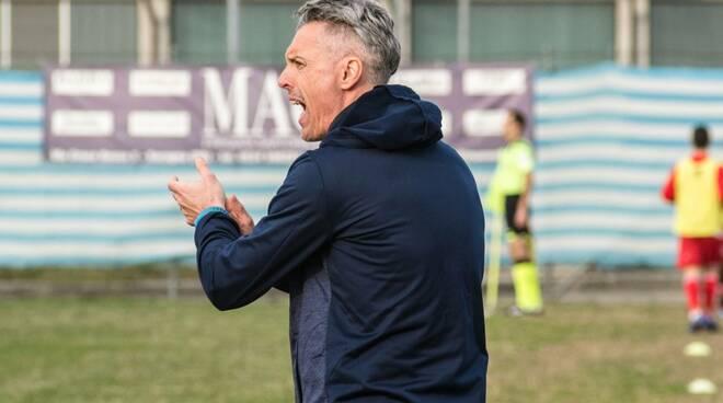 Nella foto di Francesco Bonetti, il tecnico Stefano Rossini (Vigor Carpaneto)