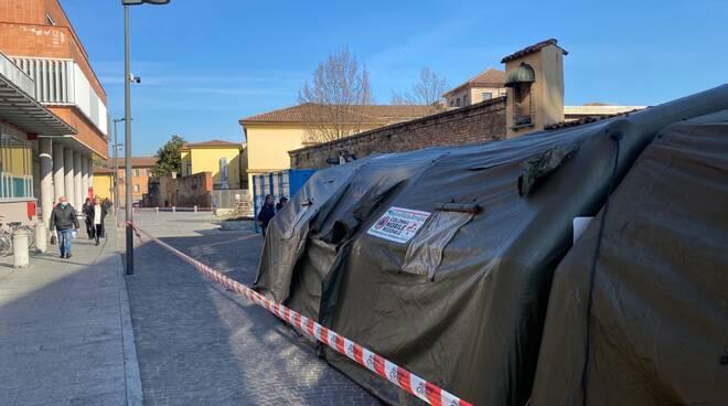 Posto medico avanzato all'ospedale di Piacenza