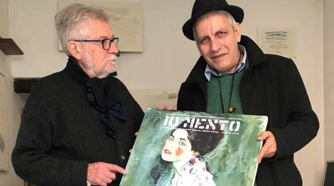 William Xerra e Stefano Torre con la copia del Ritratto di Signora di Klimt