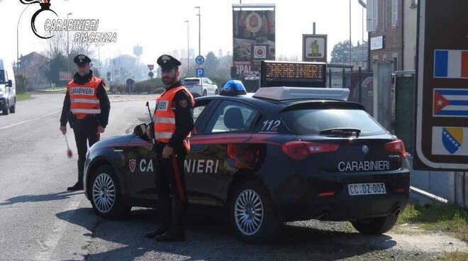 carabinieri in strada contolli