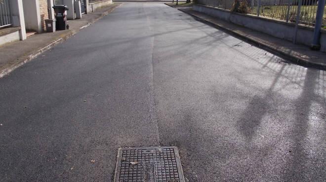Lavori di asfaltatura a Vallera