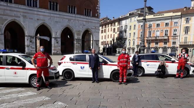 auto croce rossa da Banca di Piacenza