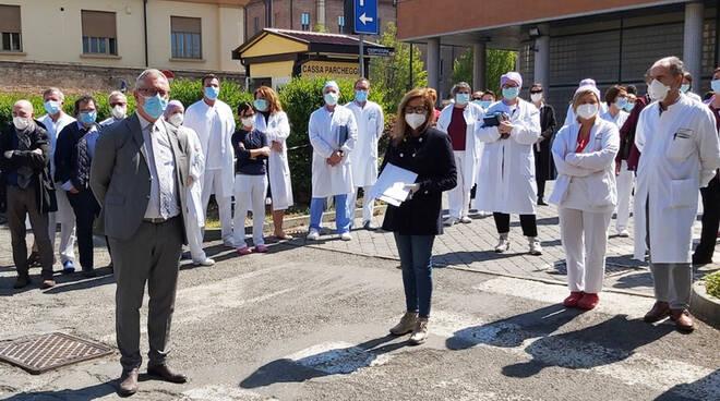 La visita del sindaco Barbieri in ospedale