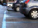 Parcheggi strisce blu