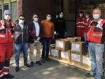 viveri per Croce Rossa da Comunità Islamica