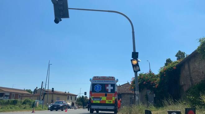 incidente semaforo Mucinasso