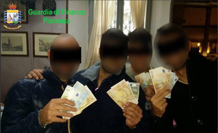 Alcuni dei carabinieri coinvolti nell'inchiesta