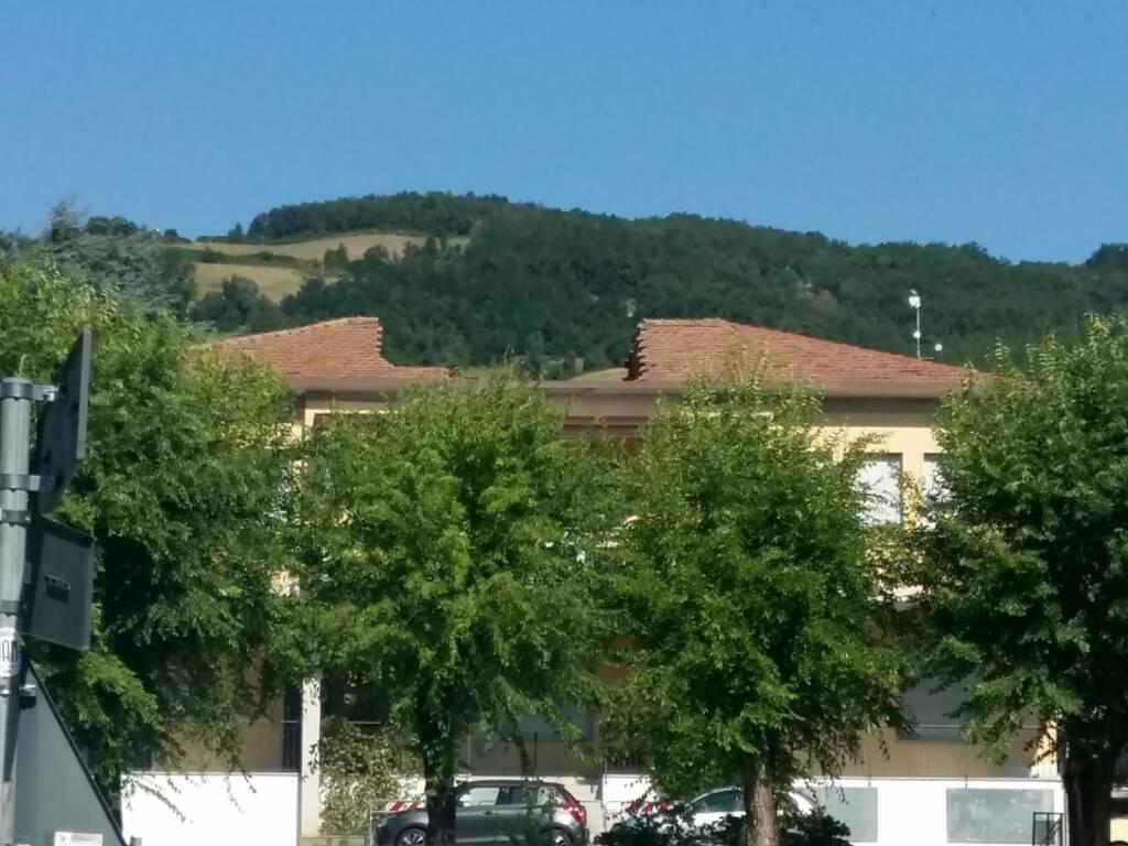 Crolla il tetto al Municipio di Travo