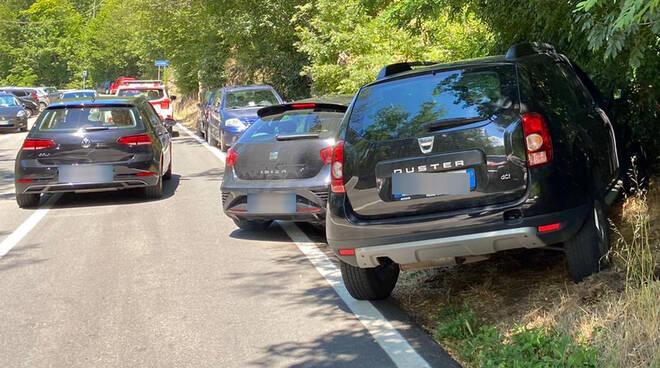Parcheggio selvaggio in Trebbia