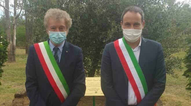 Sergio Pecorara e il sindaco di Carpi Alberto Bellelli