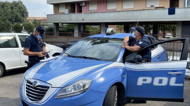 Controlli polizia alla Farnesiana