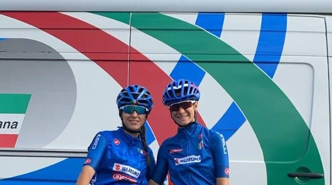 Eleonora Camilla Gasparrini e Francesca Barale in maglia azzurra