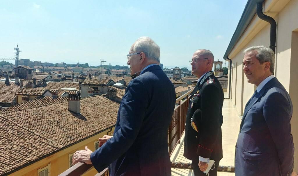 La visita del colonnello Abrate alla Banca di Piacenza