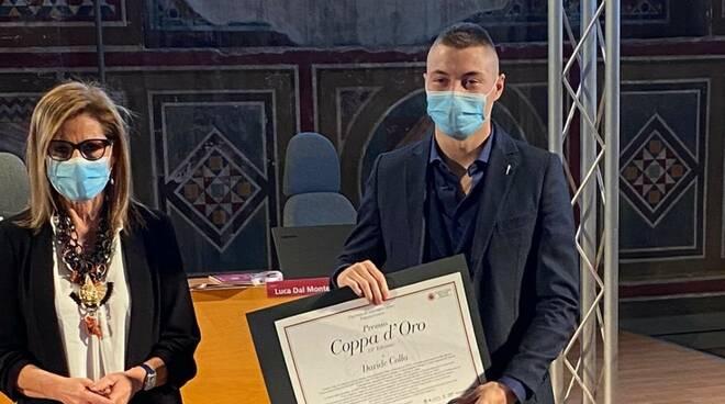 Davide Colla (Yama Arashi) premiato dal sindaco di Piacenza Patrizia Barbieri