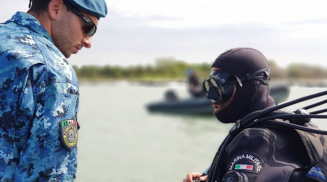 Foto dal profilo Twitter della Marina Militare Italiana