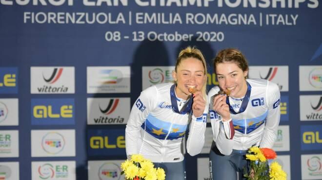 Chiara Consonni sul podio con Martina Fidanza