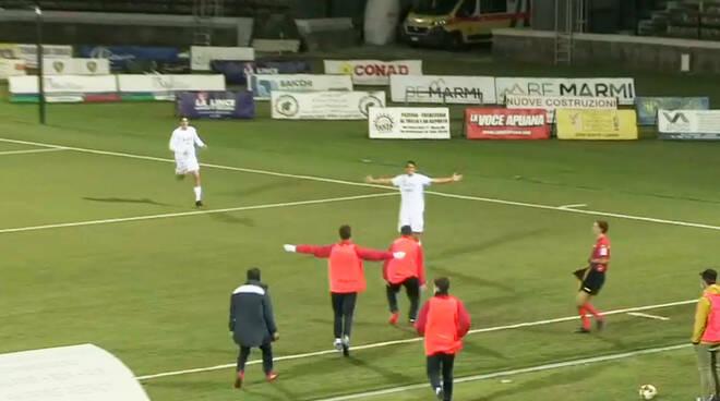 Corbari gol a Carrara